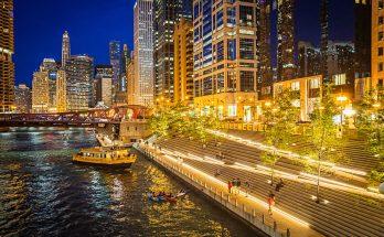 Chicago Riverwalk terbuka untuk bisnis dan kesenangan 348x215 - Chicago Riverwalk terbuka untuk bisnis (dan kesenangan)